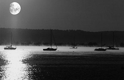 Moonrise on the Hudson